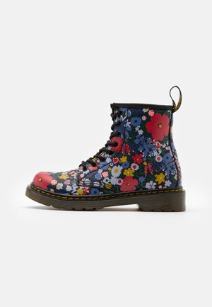 1460 WANDERFLORA  - Bottines à lacets - black
