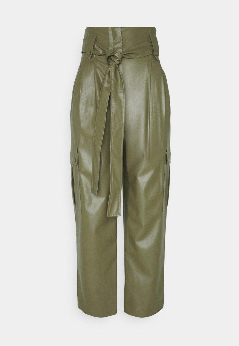 TWINSET - PANTALONE SPALMATO CON CINTURA - Trousers - verde alpino