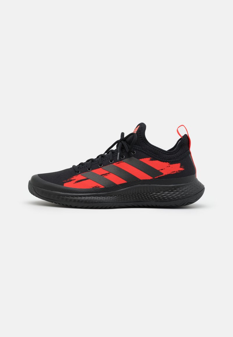 adidas Performance - DEFIANT GENERATION - Tenisové boty na všechny povrchy - core black/solar red
