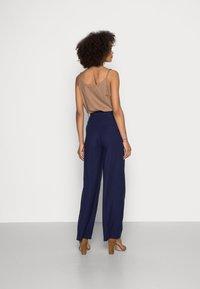 Anna Field - Basic wide leg pants - Trousers - dark blue - 2