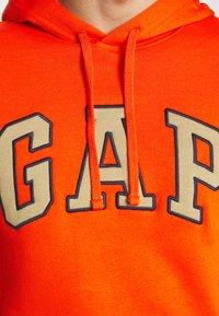 GAP - Hoodie - orange pop - 4