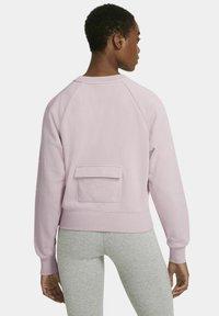 Nike Sportswear - CREW  - Sweatshirt - champagne/white - 2