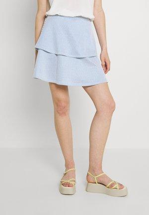 VIMILAC SHORT SKIRT - Spódnica trapezowa - blue/cloud dancer