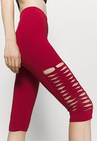 Even&Odd active - 3/4 sports trousers - dark red - 4