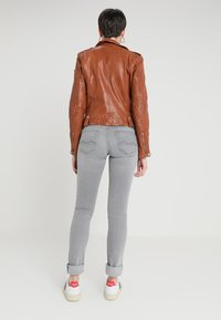 Gipsy - FAMOS - Leather jacket - cognac - 2