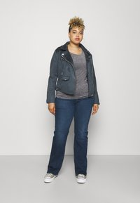 Levi's® Plus - 725 PL HR BOOTCUT - Straight leg jeans - bogota shake plus - 1
