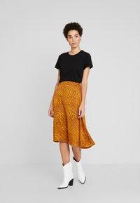 Levete Room - GHITA  - Áčková sukně - sudan brown - 1