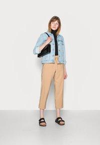 comma - Trousers - beige - 1