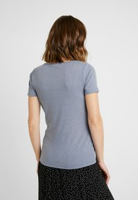 Cotton On - MATERNITY HENLEY SHORT SLEEVE - Camiseta básica - grisaille - 2