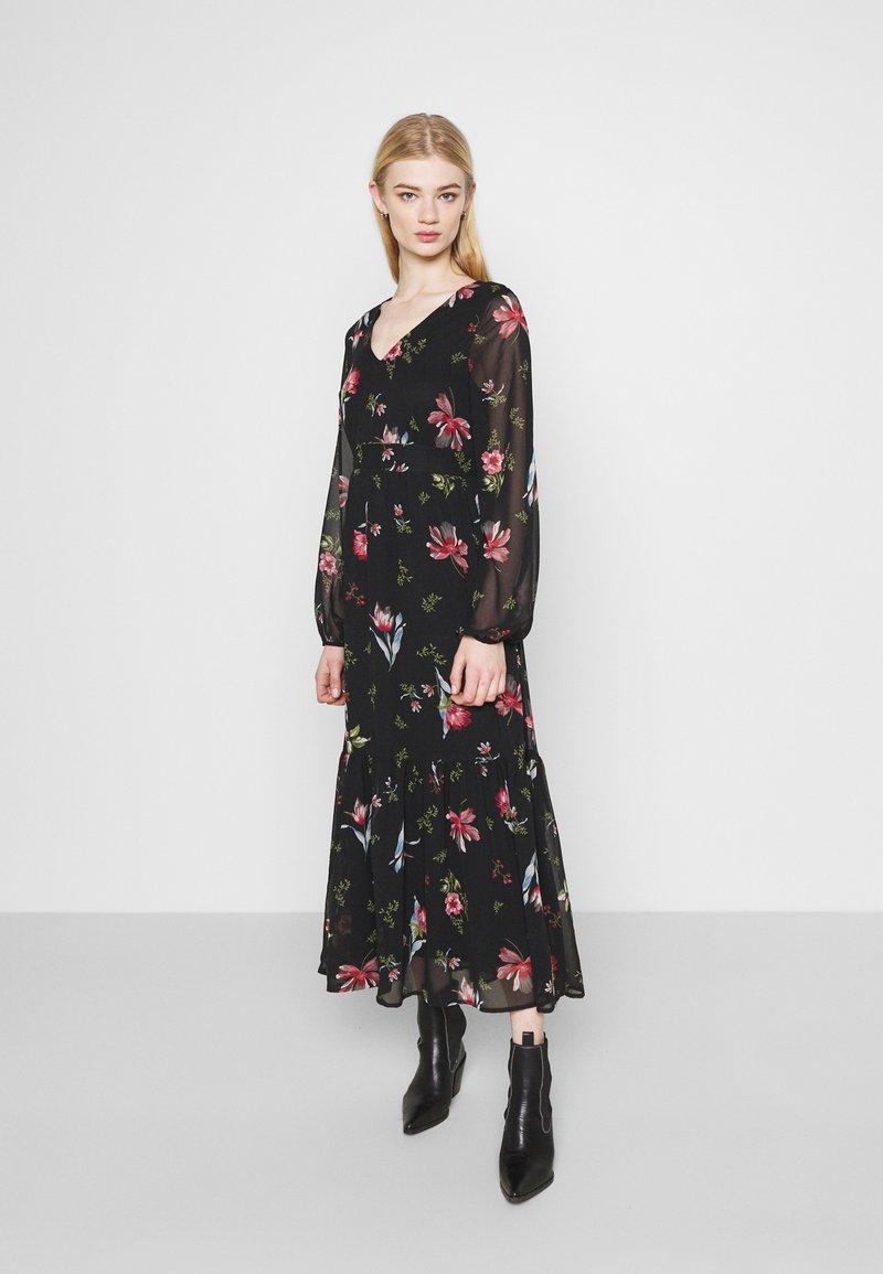 Vero Moda - VMPETRA ANCLE - Denní šaty - black/petra
