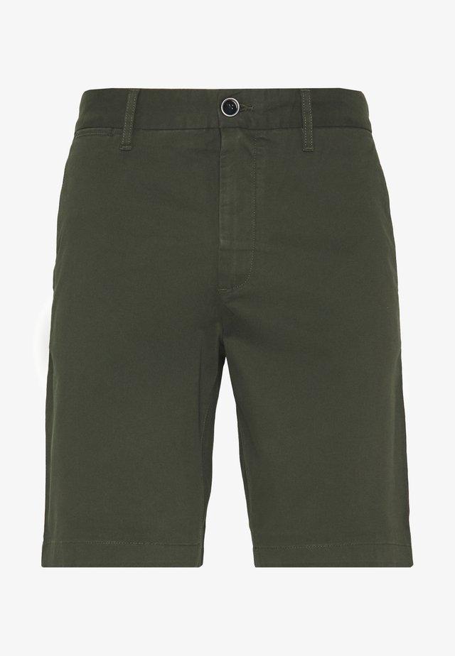 HAMPTON CHINO - Shorts - khaki