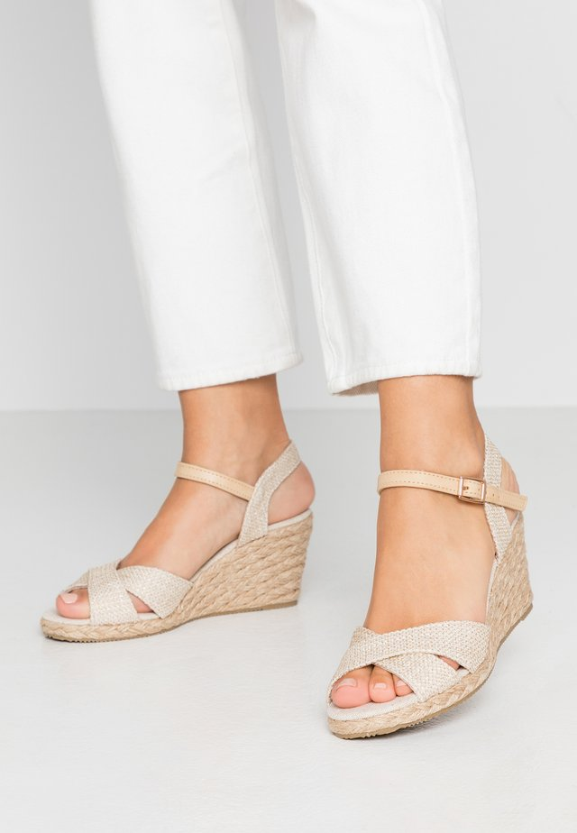 Wedge sandals - beige