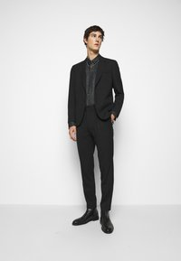 HUGO - ERO EXTRA SLIM FIT - Shirt - black - 1