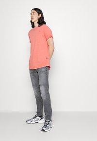 G-Star - 3D SLIM FIT - Slim fit jeans - grey denim - 3