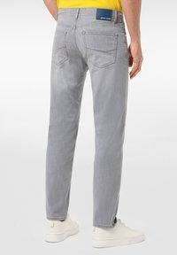Pierre Cardin - LYON - Jeans Tapered Fit - grey - 2