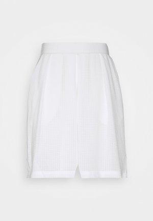 KALATEA - Shorts - snow white