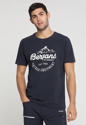 CLASSIC TEE - Print T-shirt - dark navy/white
