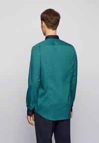 BOSS - Camicia elegante - open green - 2