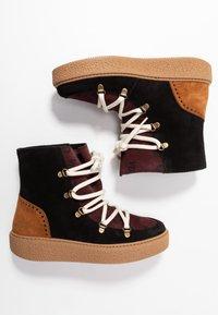 Victoria Shoes - UTOPÍA APRESKI VALENTIN - Kotníkové boty na platformě -  black - 3