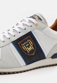 Pantofola d'Oro - UMITO UOMO - Sneakers laag - bright white - 5