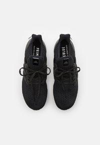 adidas Performance - ULTRABOOST 4.0 DNA UNISEX - Zapatillas - core black/footwear white - 3