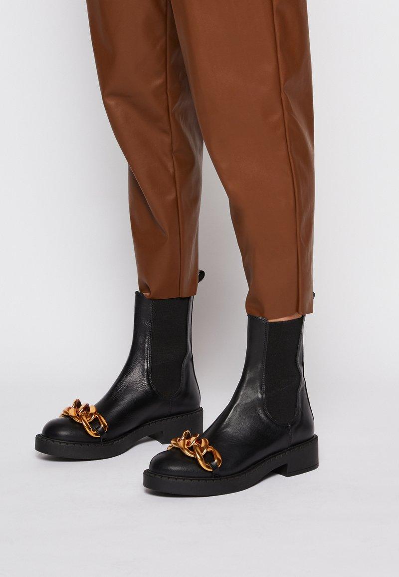 Bianca Di - CHAIN - Platform ankle boots - nero