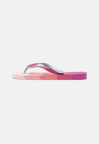 LOGOMANIA UNISEX - Tongs - gradient pink