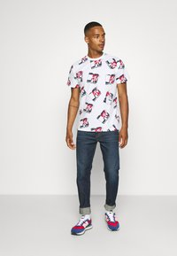 Tommy Jeans - ABO MTV TEE UNISEX - T-Shirt print - ivory - 1