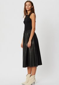 Sofie Schnoor - A-line skirt - black - 2