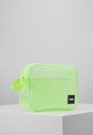 COSMETIC POUCH GUM SMALL - Kosmetická taška - lemon