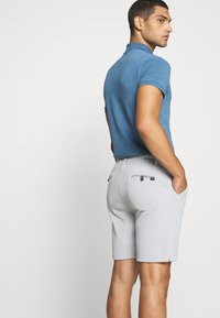 Cars Jeans - MEARNS - Shorts - grey - 4