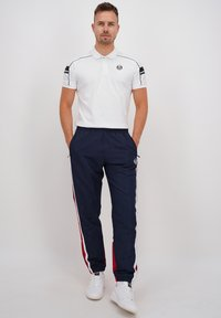 sergio tacchini - BULK - Tracksuit bottoms - nvy/appred - 1