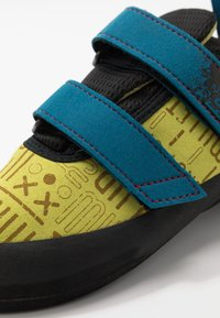 Millet - EASY UP  - Climbing shoes - wild lime - 5