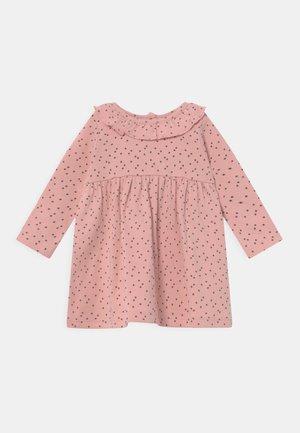 ABIGAIL FRILL NECK DRESS - Jerseyjurk - pink