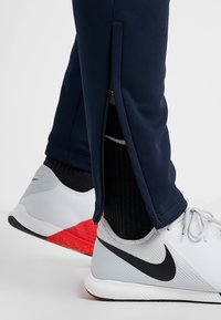 Nike Performance - FC BARCELONA PANT - Tracksuit bottoms - obsidian/rush blue - 4