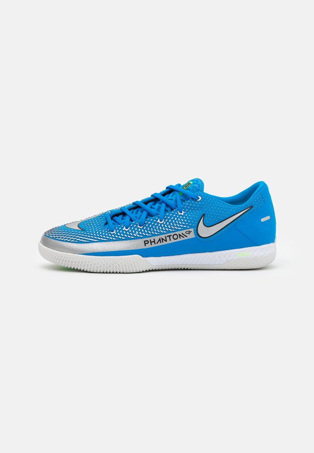 REACT PHANTOM GT PRO IC - Zaalvoetbalschoenen - photo blue/metallic silver/rage green