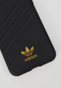 adidas Originals - MOULDED CASE SAMBA PREMIUM FOR IPHONE X/XS - Etui na telefon - black - 2