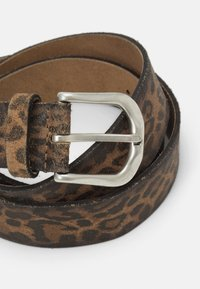 Vanzetti - Belt - brown - 3