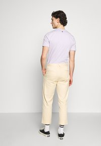 Afends - DAY OFF PANT - Chinos - dirty beige - 2