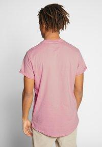 G-Star - LASH R T S\S - T-shirt - bas - light pink - 2