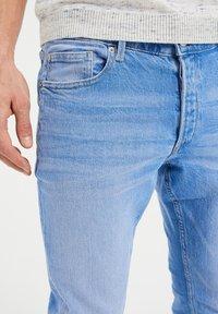 WE Fashion - COMFORT STRETCH - Slim fit jeans - blue - 3