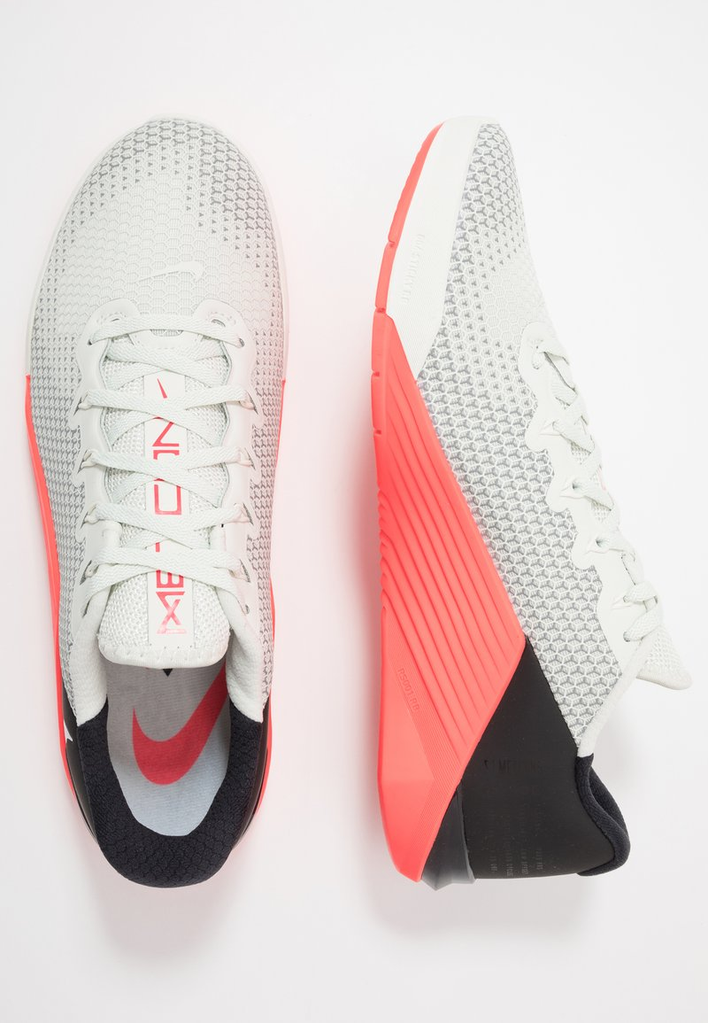 Exactamente profundo Casco  Nike Performance METCON 5 - Sports shoes - spruce aura/laser crimson -  Zalando.co.uk