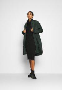 New Look - ROLL NECK DRESS - Strikket kjole - black - 1