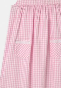 Twin & Chic - VERBENA - Day dress - pink vichy - 2
