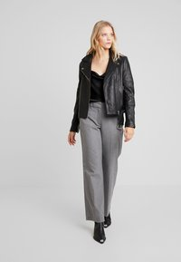 Fiveunits - DENA WIDE - Trousers - melange theory