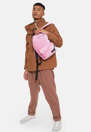 Plecak - velvet pink