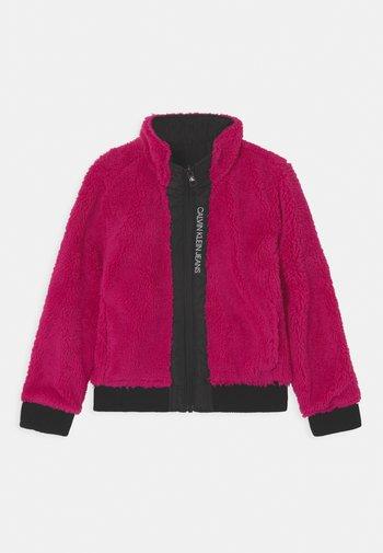 REVERSIBLE - Winter jacket - stunning magenta
