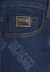 Versace Jeans Couture - HARRY LASER LOGO - Slim fit jeans - light-blue denim - 2