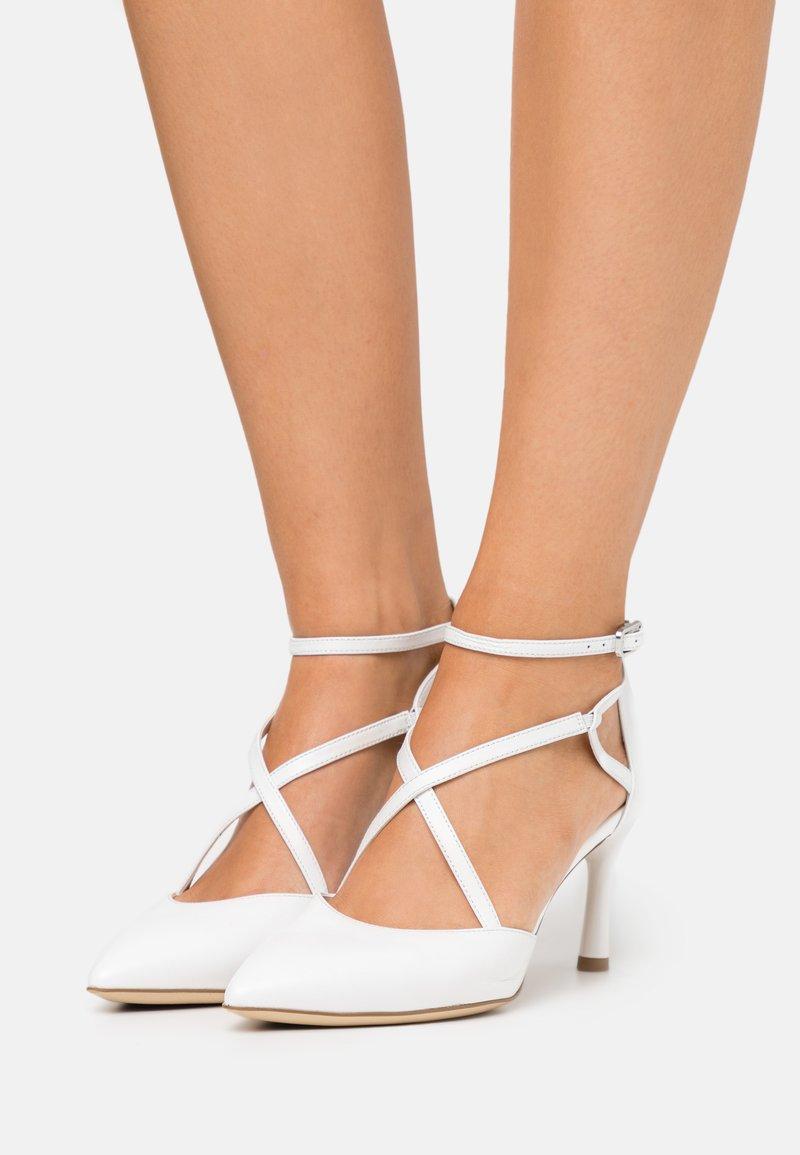 Tamaris - Classic heels - white