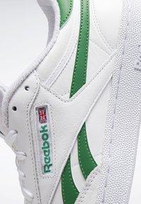 Reebok Classic - Zapatillas - white - 8